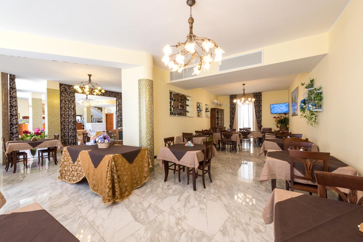 hall hotel MirFran